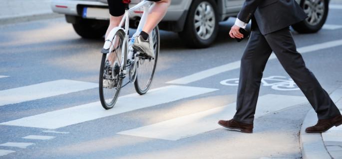 Znaki z sensem: skąd się biorą ograniczenia prędkości?