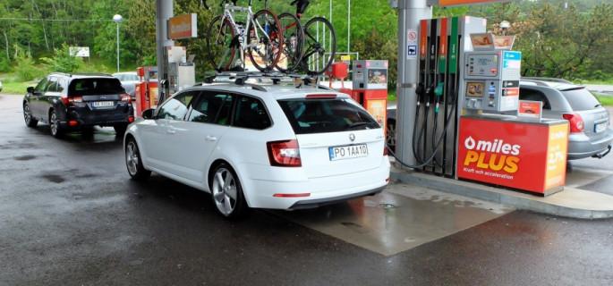 10 sposobów na zmniejszenie zużycia paliwa