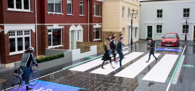 Inteligentne przejście dla pieszych kontra potrącenia i wyprzedzanie