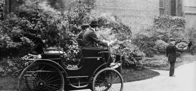 Dawne przepisy ruchu drogowego - Dziwne przepisy drogowe sprzed lat